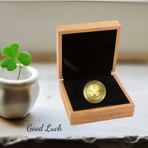 Đồng xu vàng may mắn là lời chúc tụng cho việc làm ăn thuận lợi, may mắn tràn đầy